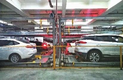 长沙:立体车库挤商圈 智能停车位反响如何?