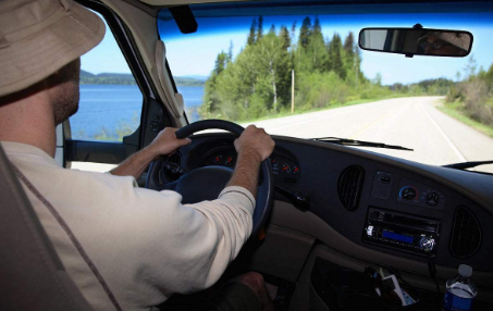 高温季节安全行车提示