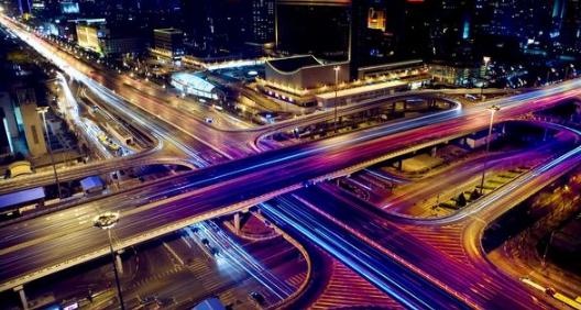 """""""智慧交通""""畅通城市脉络 青岛高新区实现交通监管控一体化"""