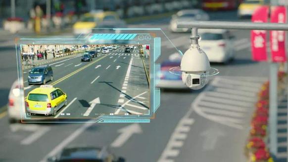 """用""""智慧""""激活城市交通脉搏 ——上海:""""智慧交通""""建设让道路更安全、更有序、更通畅"""