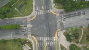 交叉口右转冲突缓解方法及实例