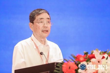 中国道路交通安全协会副会长  王凡